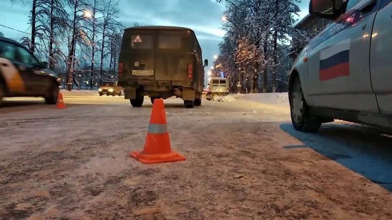 В Дятьковском районе водитель «уазика» сбил женщину
