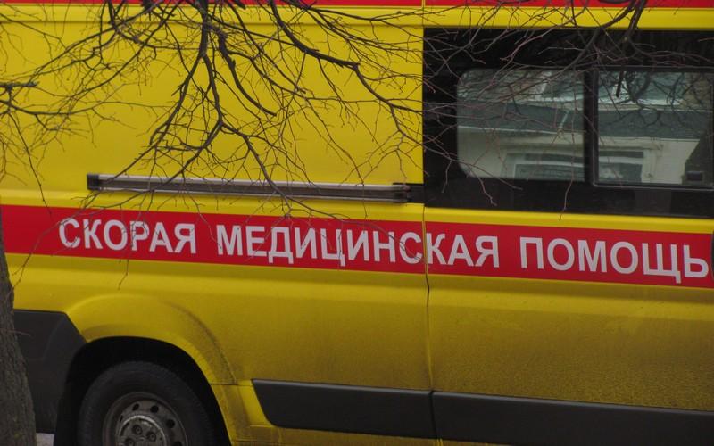 60-летний водитель машины Hyundai врезался в дерево под Климовом