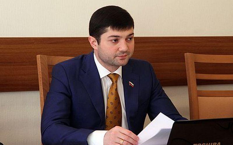 Жириновский прогнал брянского депутата Бадырханова за предательство ЛДПР