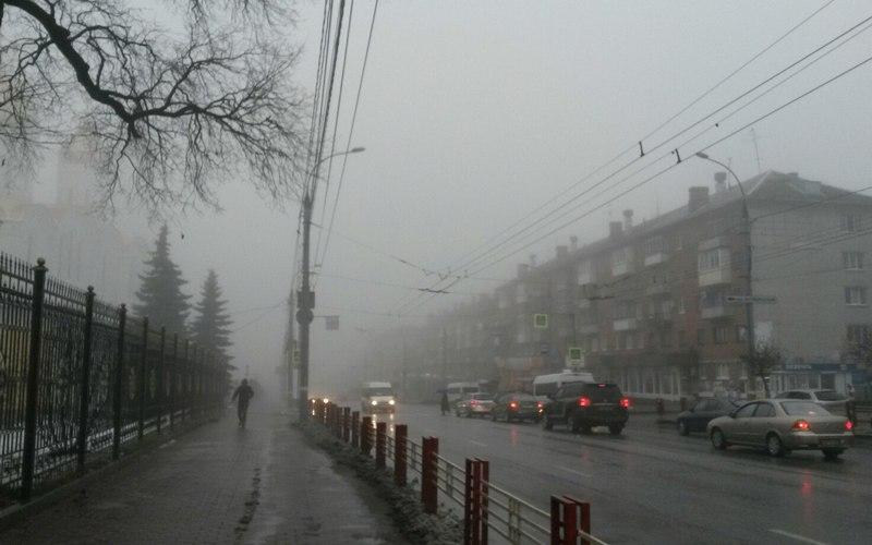 В понедельник брянцам обещают снег, туман и гололедицу