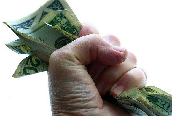 Как вернуть деньги, если их не хотят возвращать