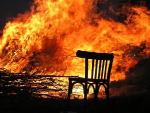 Мужчина, потерявший на пожаре семью, скончался от ожогов в больнице