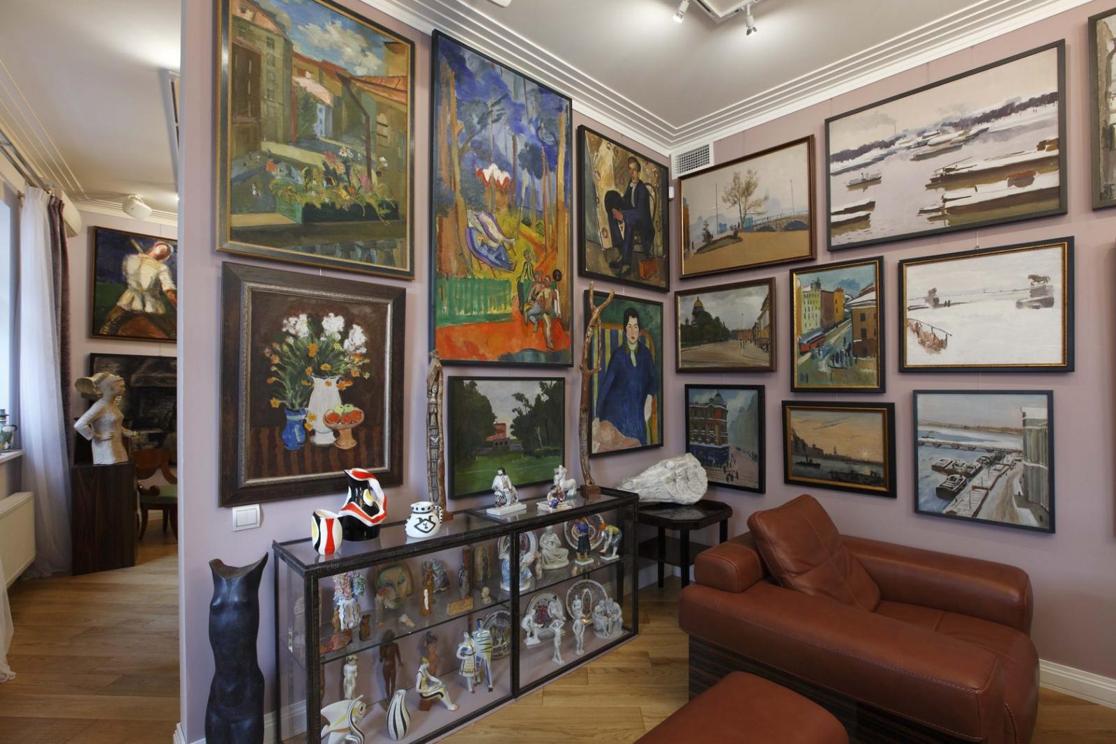 Из частной галереи в Москве похищены пять картин