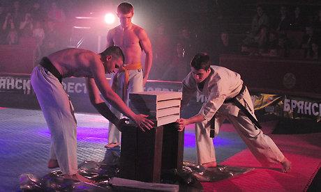 В Брянском цирке прошел фестиваль боевых искусств