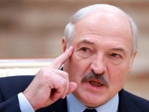 Лукашенко уверен в победе Порошенко на выборах президента Украины
