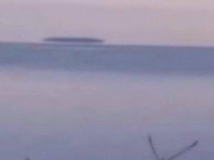 Видео гигантской «тарелки» над озером оставляет вопросы без ответов