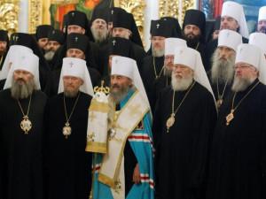 В Киеве суд приостановил принудительное переименование канонической УПЦ