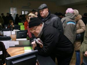 Двукратный рост безработицы в России предсказывает экономист