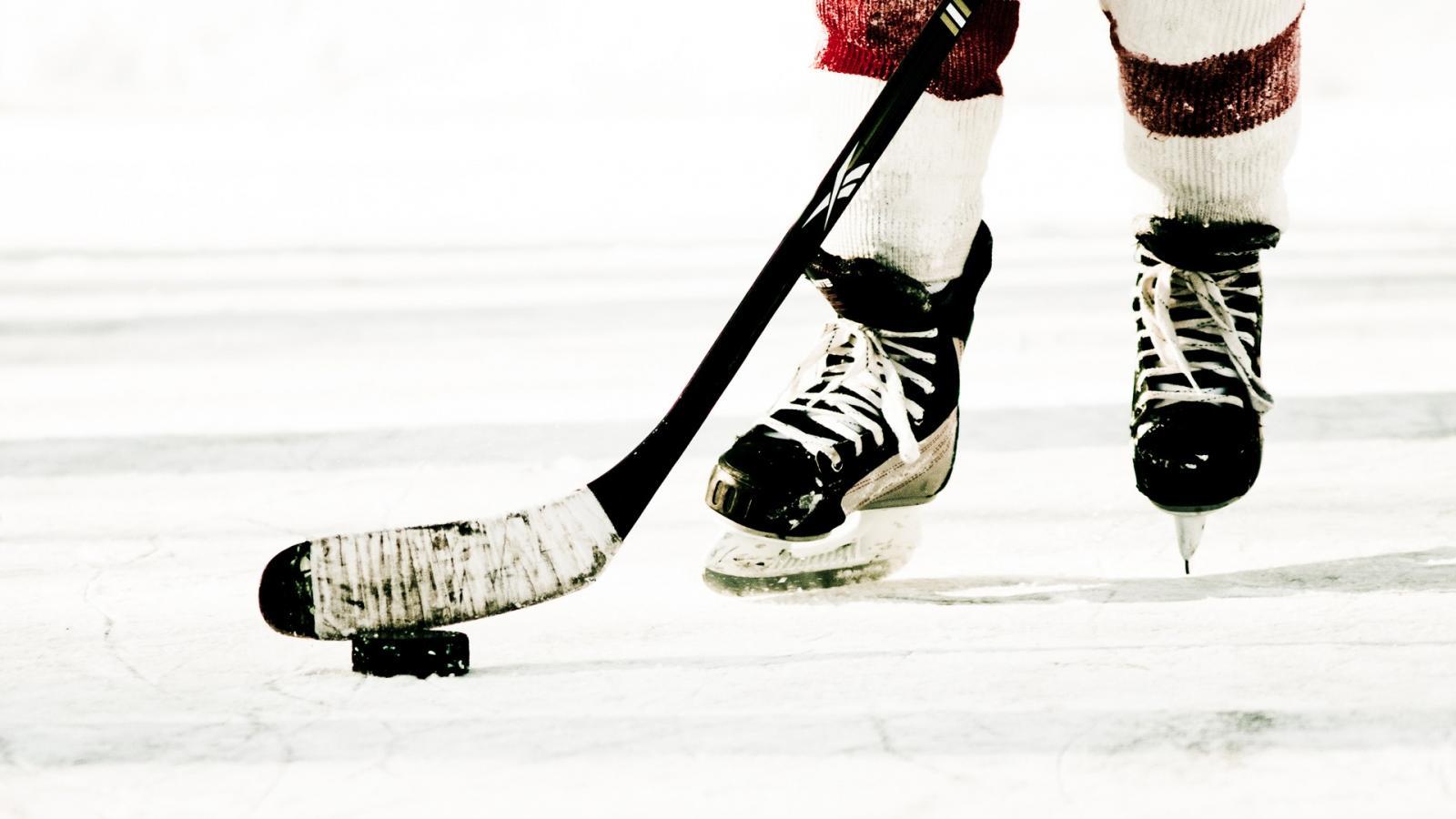 В Брянске стартовал международный турнир по хоккею