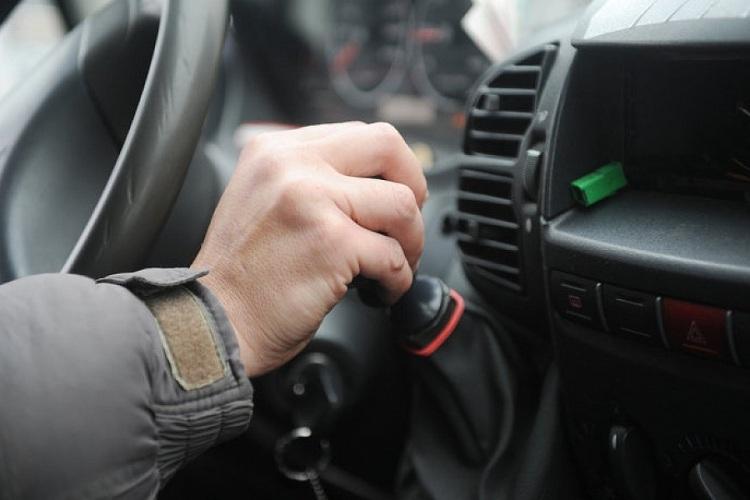 Жительница Брянска рассказала о краже кошелька в маршрутке