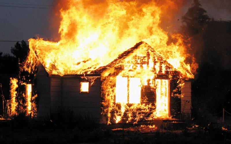 В Погарском районе при пожаре погиб 62-летний мужчина