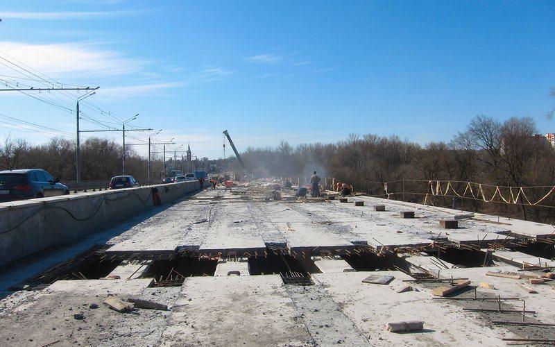 На Первомайском мосту готовы девять пролетов