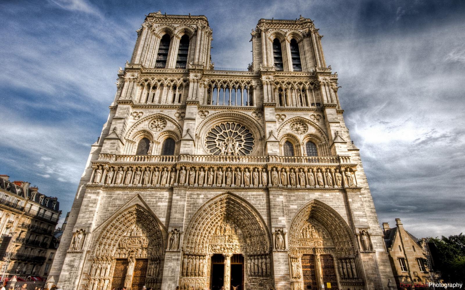 Россия поможет восстановить сгоревший собор Парижской Богоматери