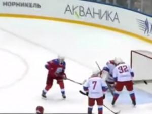 Путину предлагают играть за хоккейную сборную, а место президента оставить другому человеку