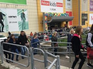 Массовая эвакуация из ТРК «Фиеста» в Челябинске