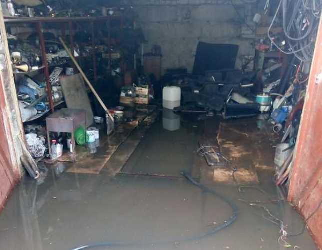 В Брянске под воду ушли жилые дома на улице Болховской