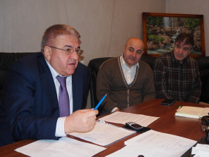 Он голосовал за повышение пенсионного возраста. Депутат Абдулмажид Маграмов