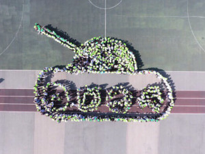 Танк «собрали» в Челябинске размером со школьный стадион
