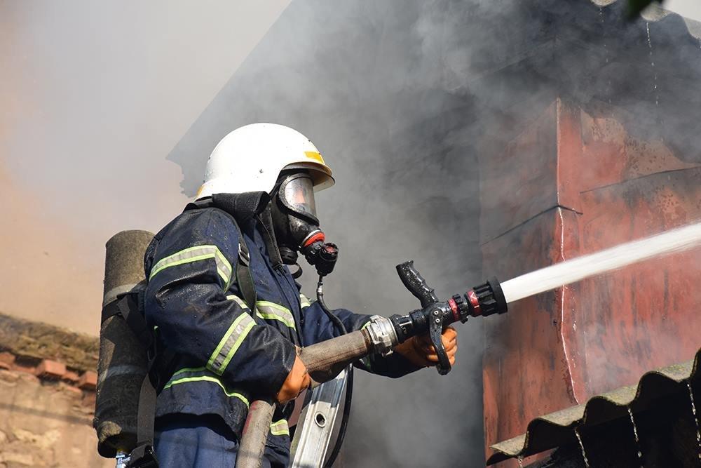 В Брянске на улице Фокина горела дача