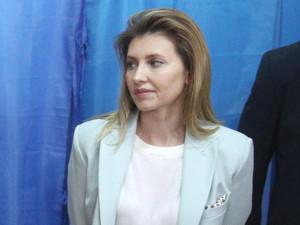 Жену Зеленского заподозрили в покупке дорогой квартиры в Крыму за полцены