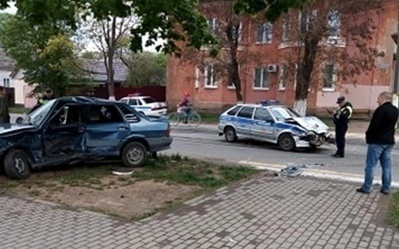 В Клинцах случилось ДТП с машиной Росгвардии