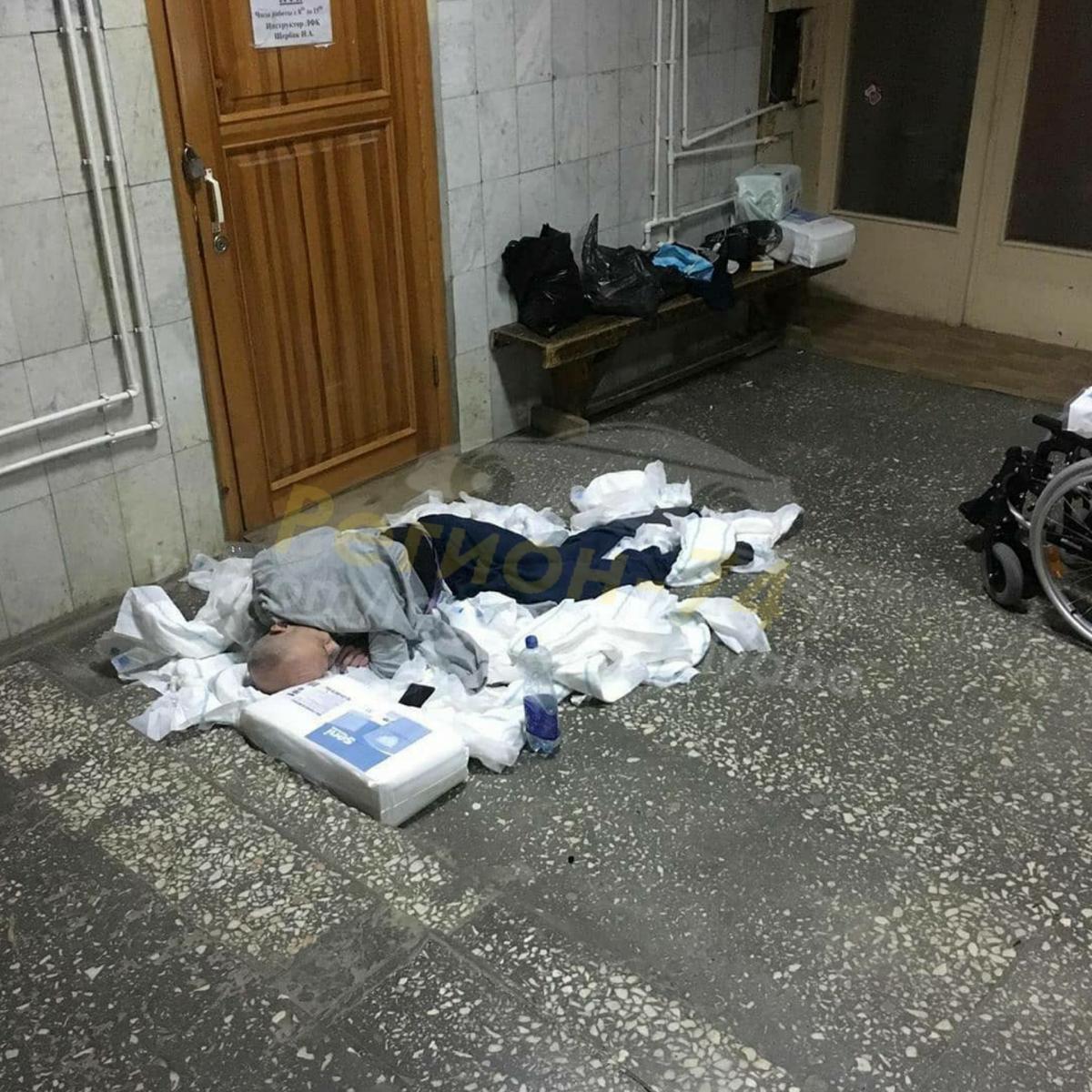 В Челябинской области врачи оставили инвалида ночевать вкуче подгузников