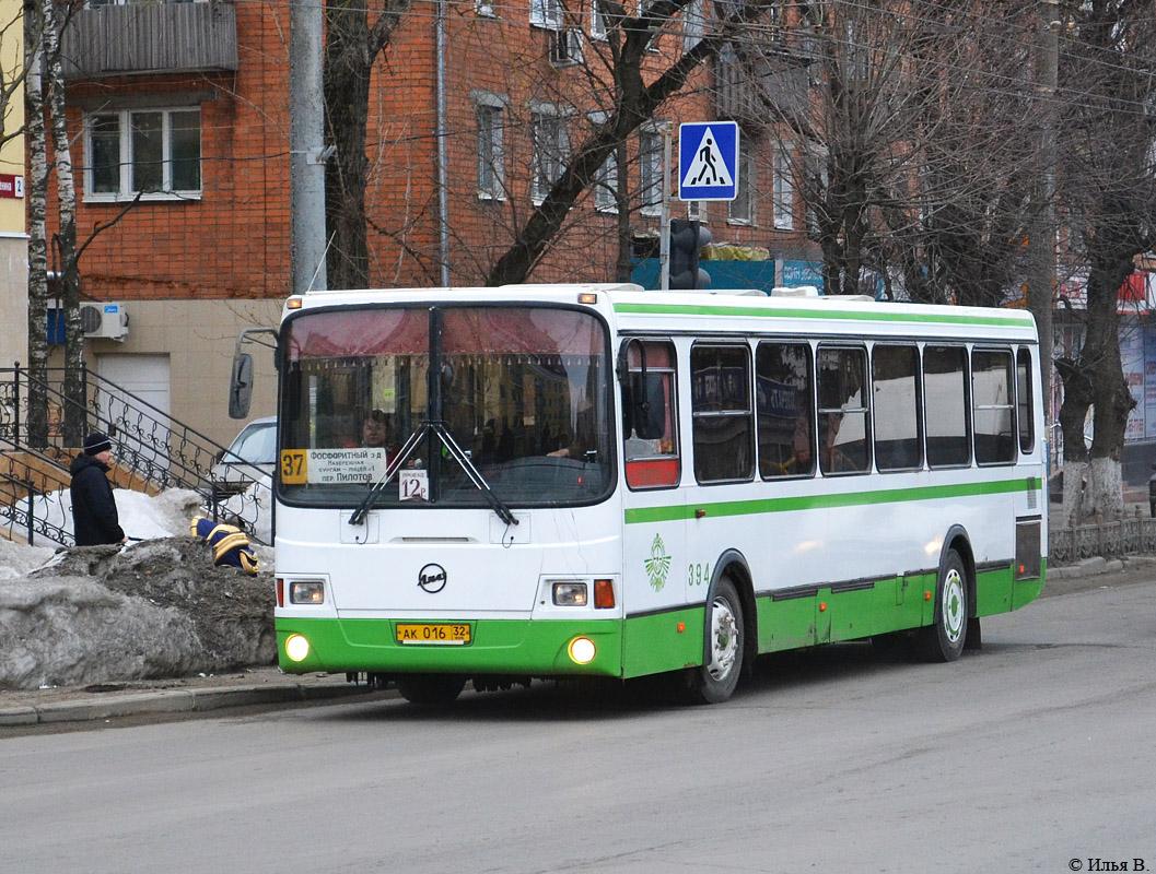 В Брянске на Радоницу появится дополнительный общественный транспорт