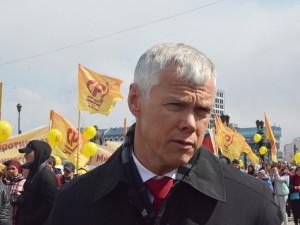 Депутат Гартунг вывел южноуральцев на митинг за прямые выборы мэра
