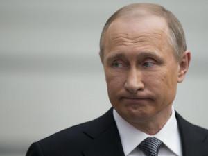 Рейтинг доверия Путину опять ниже 33%