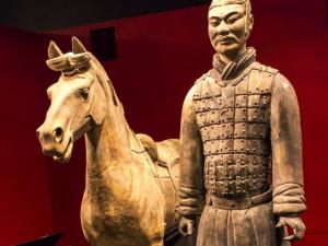 Американец отломал на память в музее палец у статуи стоимостью в 4,5 миллиона долларов