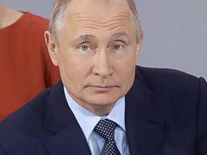 Путин высказался о ситуации со строительством храма на месте сквера в Екатеринбурге