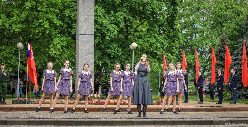 В Брянске в День Победы состоялся большой праздничный концерт