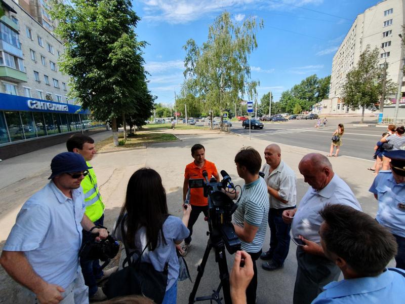 Дорожную разметку вБрянске искали московские инспекторы
