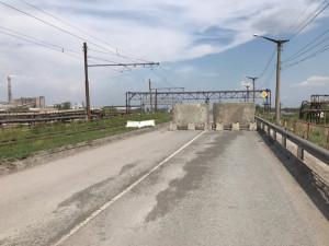 Издевательством над людьми назвали жители Челябинска отсутствие ремонта закрытого путепровода