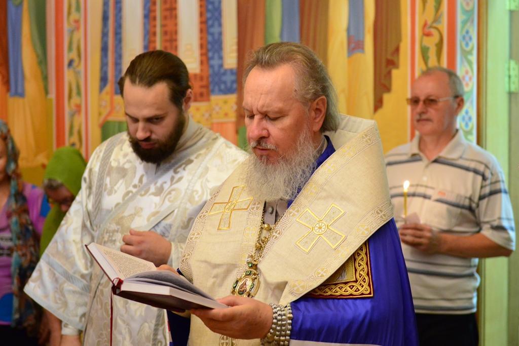 Брянские священники помолились о дожде