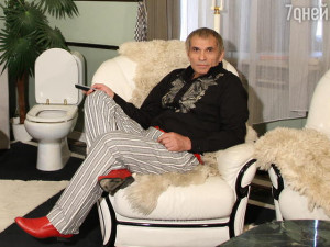 Сын Алибасова назвал виновных в «фейковом отравлении» отца