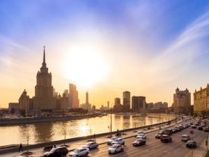 Жара пришла в Москву. Такого не было 100 лет
