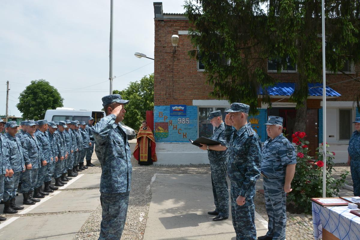 На Северном Кавказе брянских полицейских посетил начальник УМВД области