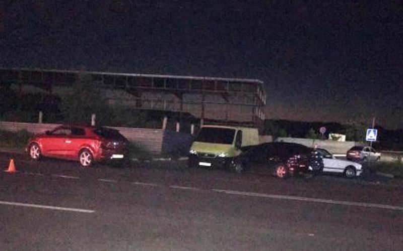 20-летний пешеход едва не погиб в массовом ДТП на Флотской
