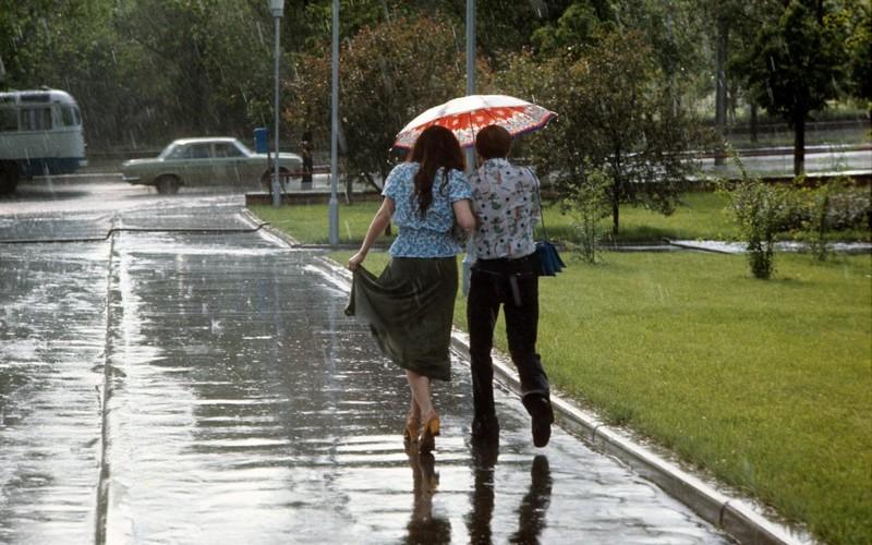 Синоптики пообещали брянцам в воскресенье дождь с грозой