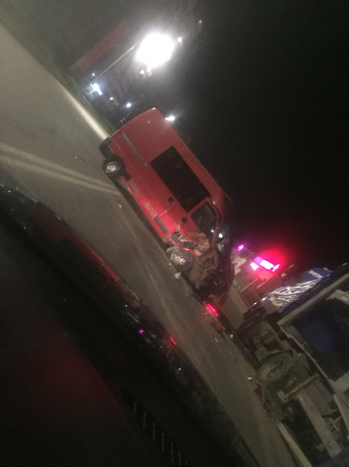 В Брянске в районе Автозавода столкнулись автомобили