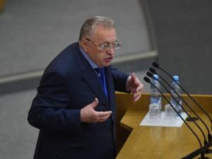 Жириновский в знак протеста покинул зал Госдумы