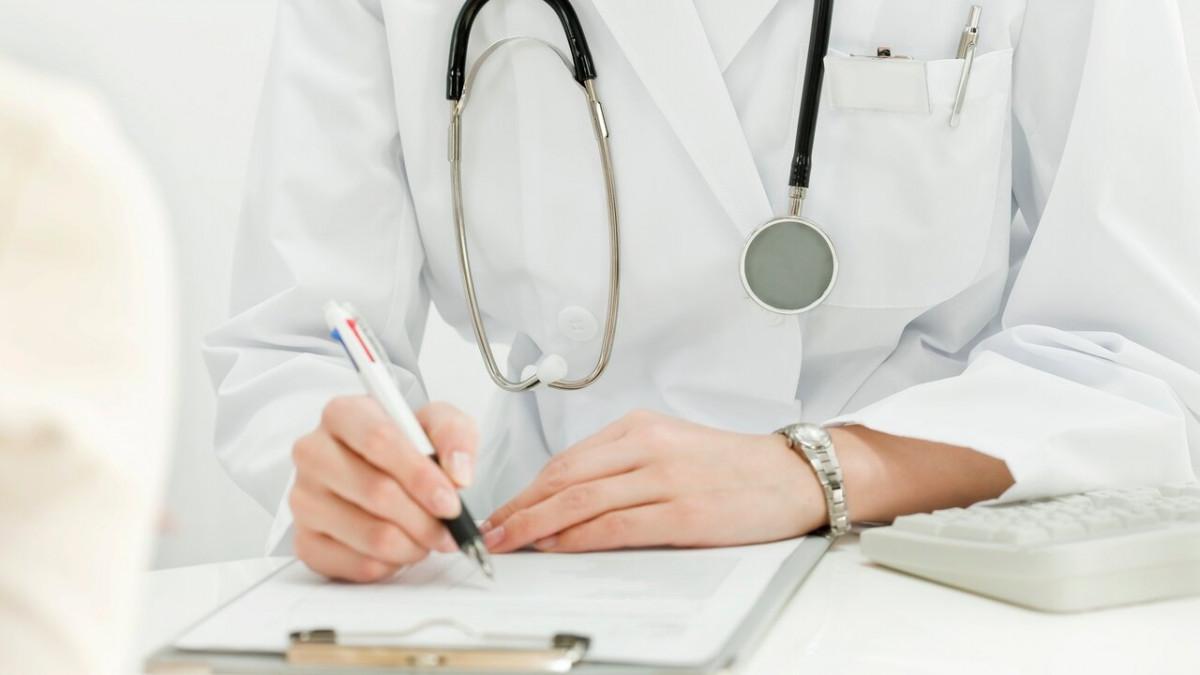 «Мне что умирать?»: брянцы не могут попасть на прием к врачам