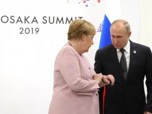 Меркель потеряла ориентацию после встречи с Путиным