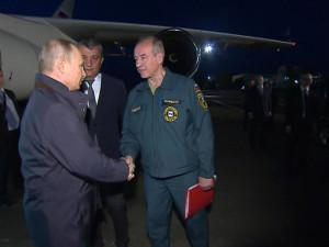 Путин прилетел на место наводнения в Иркутскую область