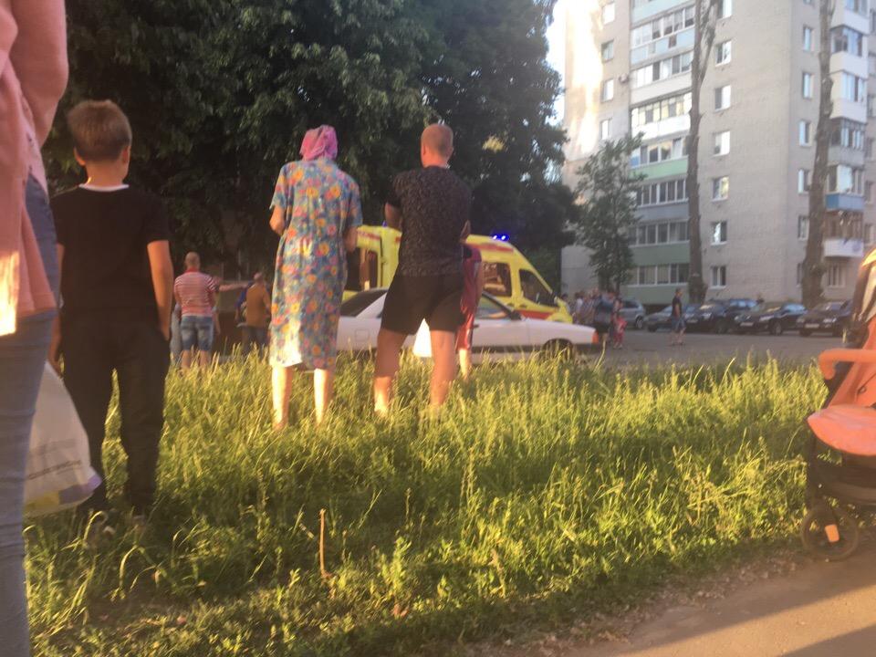 ВБрянске после ссоры смужем женщина выпала изокна