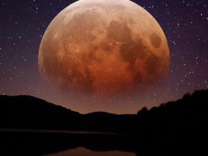 Сегодняшней ночью тень Земли накроет почти все моря Луны
