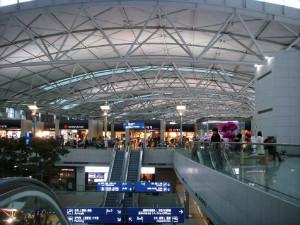 Корея задерживает россиян в аэропорту, в том числе челябинцев