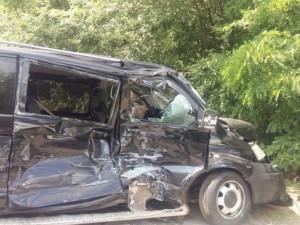 Кортеж Зеленского устроил аварию с колонной автобусов, перевозивших детей