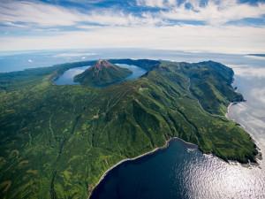 Япония согласна на два острова для заключения мирного договора с Россией?